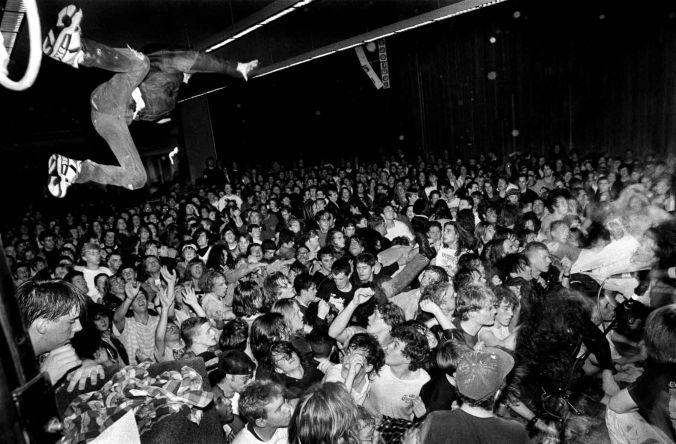 grunge-charles-peterson
